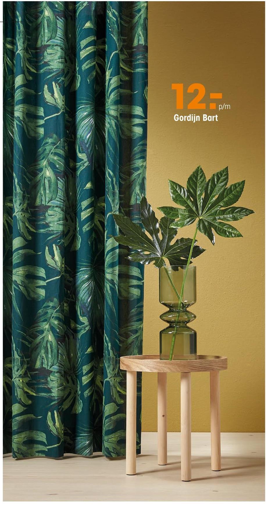 Gordijn Bart Donkergroen Soepelvallende gordijnstof met botanische print. Luchtig en stevig. 150 cm breed.