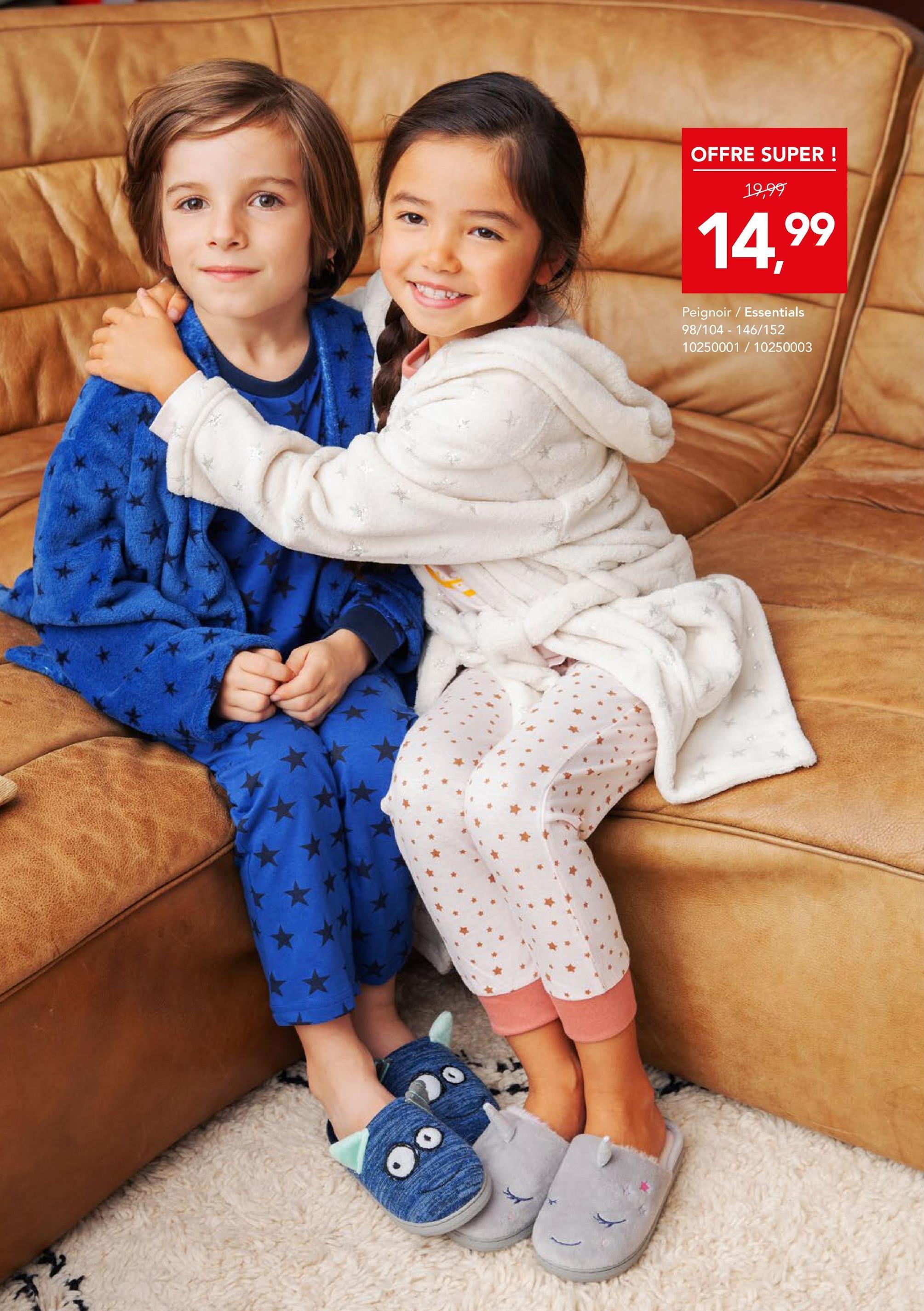 Peignoir Essentials - Blanc cassé Peignoir Essentials. Chez Bristol, vous achetez de la mode à bon prix pour toute la famille ! Vêtements, chaussures, accessoires et articles de sport.