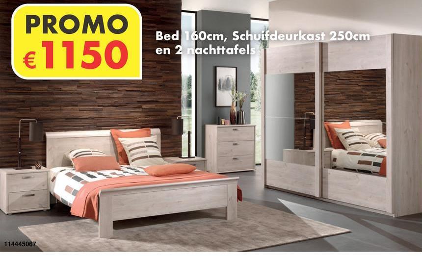 Slaapkamer Pavia Eik Deze slaapkamer bevat een bed van 160x200cm, 2nachttafels en schuifdeurkast van 250cm.Deze slaapkamer is exclusief lattenbodems en matras.